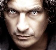 Кузьма возглавил рейтинг любимых украинских артистов